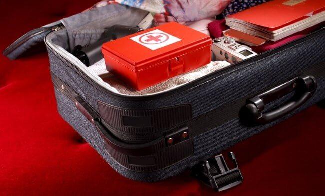 Аптечка в чемодане